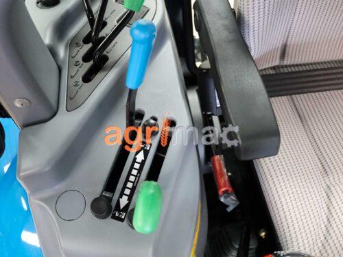 μοχλοι και χειριστηρια του τρακτερ LS XR50